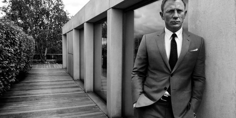 ¡Es súper oficial! Daniel Craig regresa como James Bond