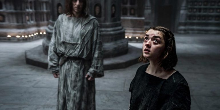 Fans de Game of Thrones se burlan del iPhone X con memes de Arya