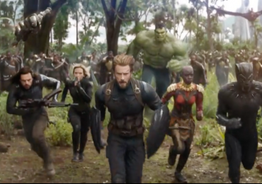 Los 'Avengers' graban video musical... ¿El resultado? ¡Todos bailan horrible!