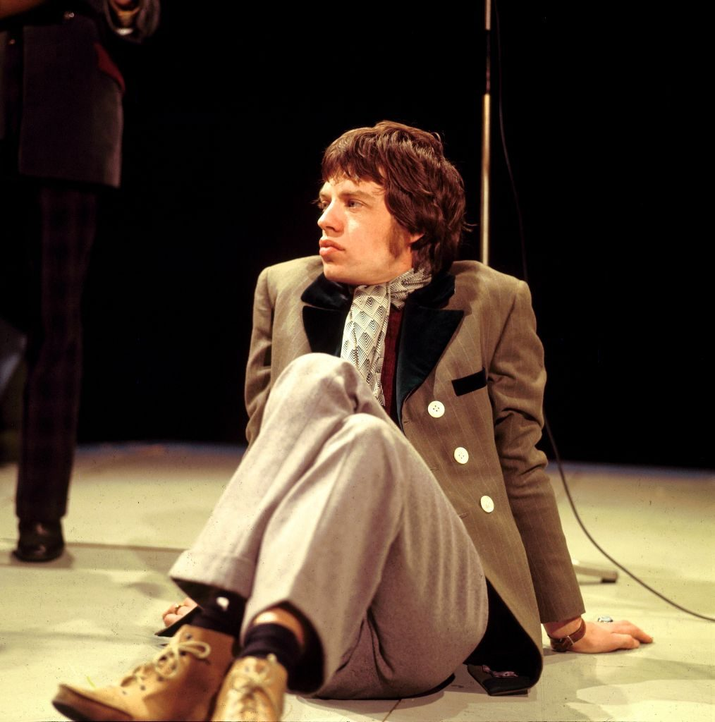 Mike Jagger estilo Rolling Stones On Top Of The Pops