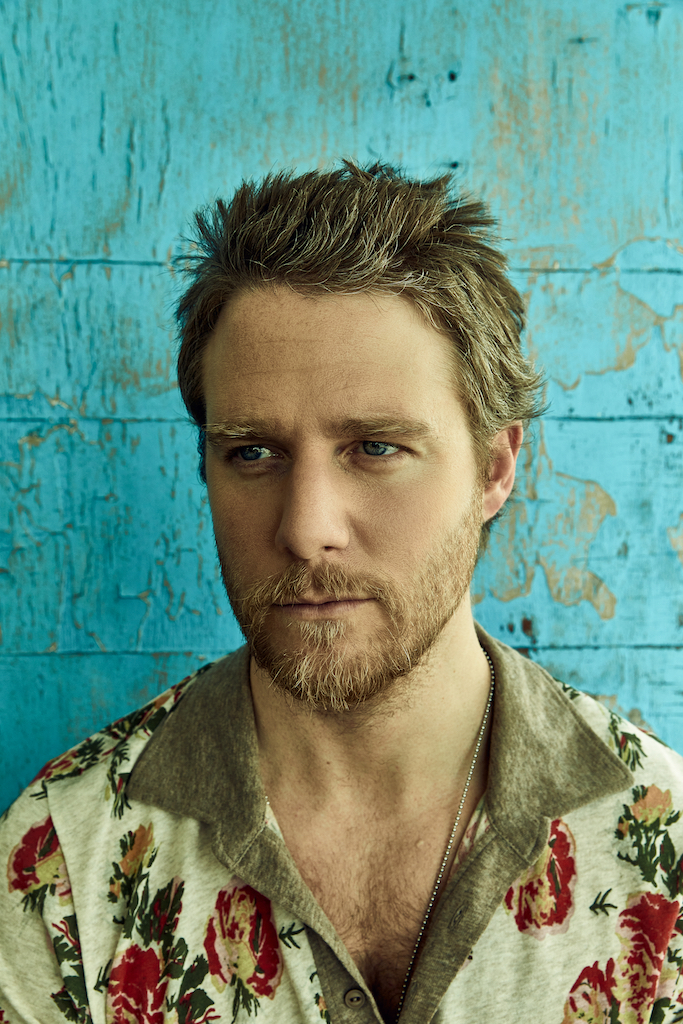 Jake McDorman Esquire Latam